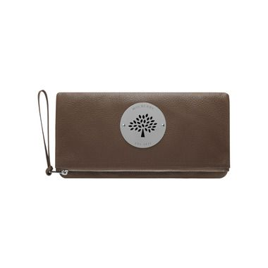 Mulberry - Daria Clutch in Taupe Spongy Pebbled  2259d59010af9