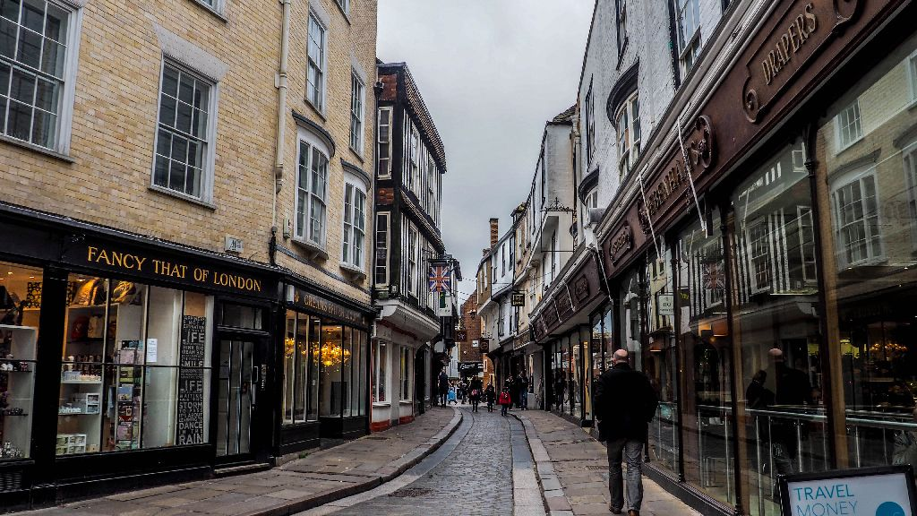 25 Photos Of Canterbury England That Will Have You Booking A Trip One Day Trip England Trip