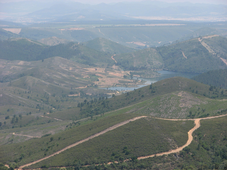 Embalse del Cancho del Fresno, entre Guadalupe y Cañamero, en la Ruta de Isabel la Católica.