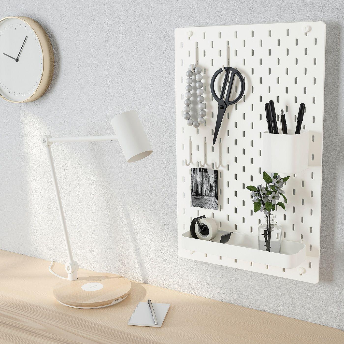 Skadis Lochplatte Kombination Weiss Heute Noch Bestellen Ikea Osterreich In 2020 Ikea Peg Board Home Office Furniture