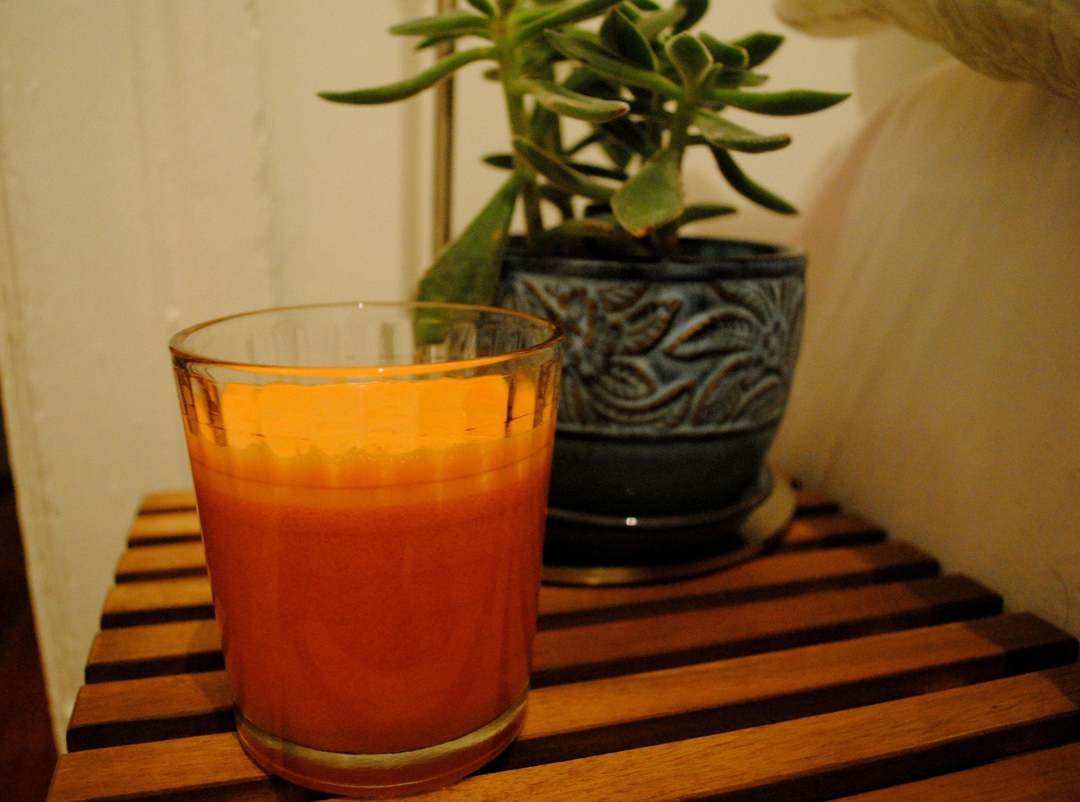 Carrots & apple juice Carrot apple juice, Apple juice, Apple