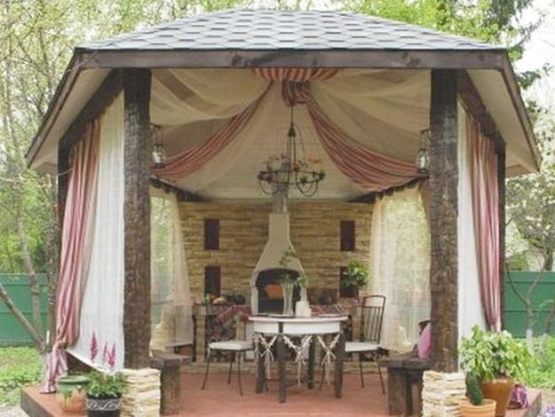 Mosquito Nets Improving Pergola