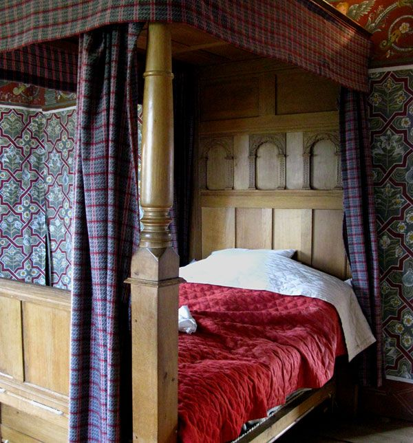 Peartree Apartments: Blakesley Hall, Painted Bedchamber: Full Tester Bed, With