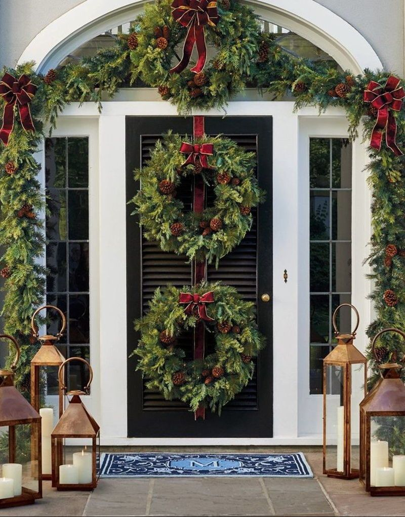 21 Stunning Outdoor Christmas Decorations To Make