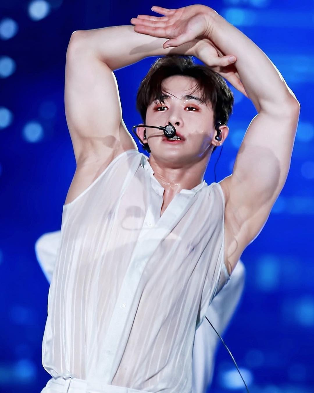 His Armpits Are Brighter Than My Future Corpos De Homens Rapazes Bonitos Garotos Sensuais
