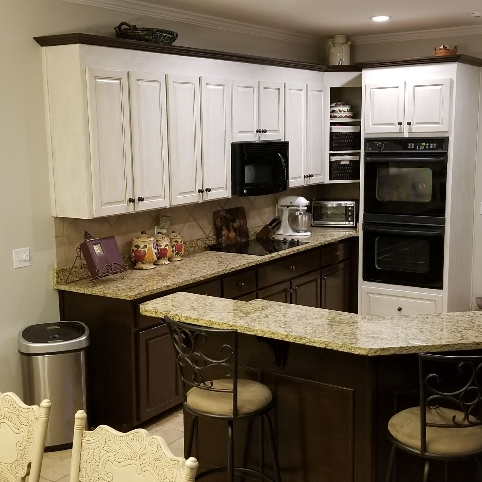 aged linen chalk painted upper cabinets with brown glaze and dark walnut gel stain on lower on kitchen cabinets upper id=56082