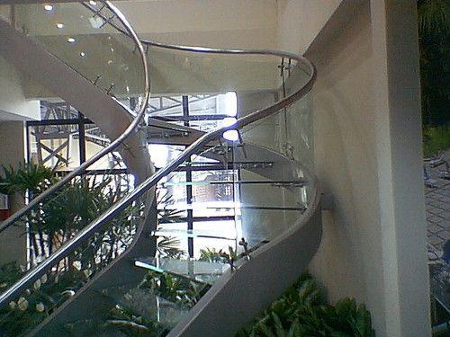 Escalera dicentro jpvinueza ecuador - Pasamanos escalera interior ...