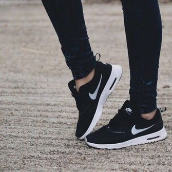 Black Nikes : Nike discount & deals | Nike Outlet Store UK