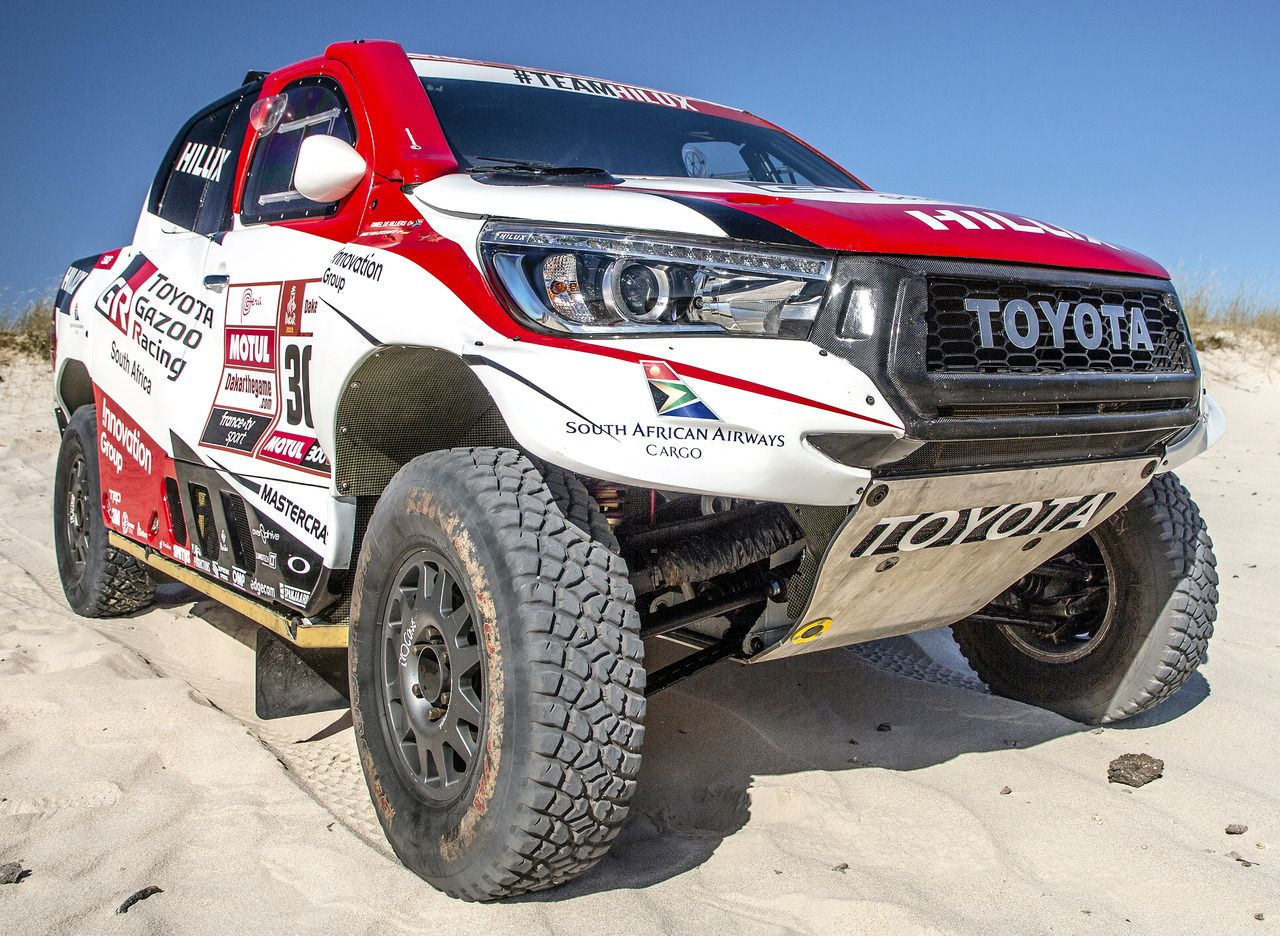 Toyota Hilux Dakar Rally Version 2019 By Toyota Gazoo Racing A Team Of 3 Hilux Models Will Comp 2019 Car Dakar Gazoo Hilux Pick Up Racing Rally 2020