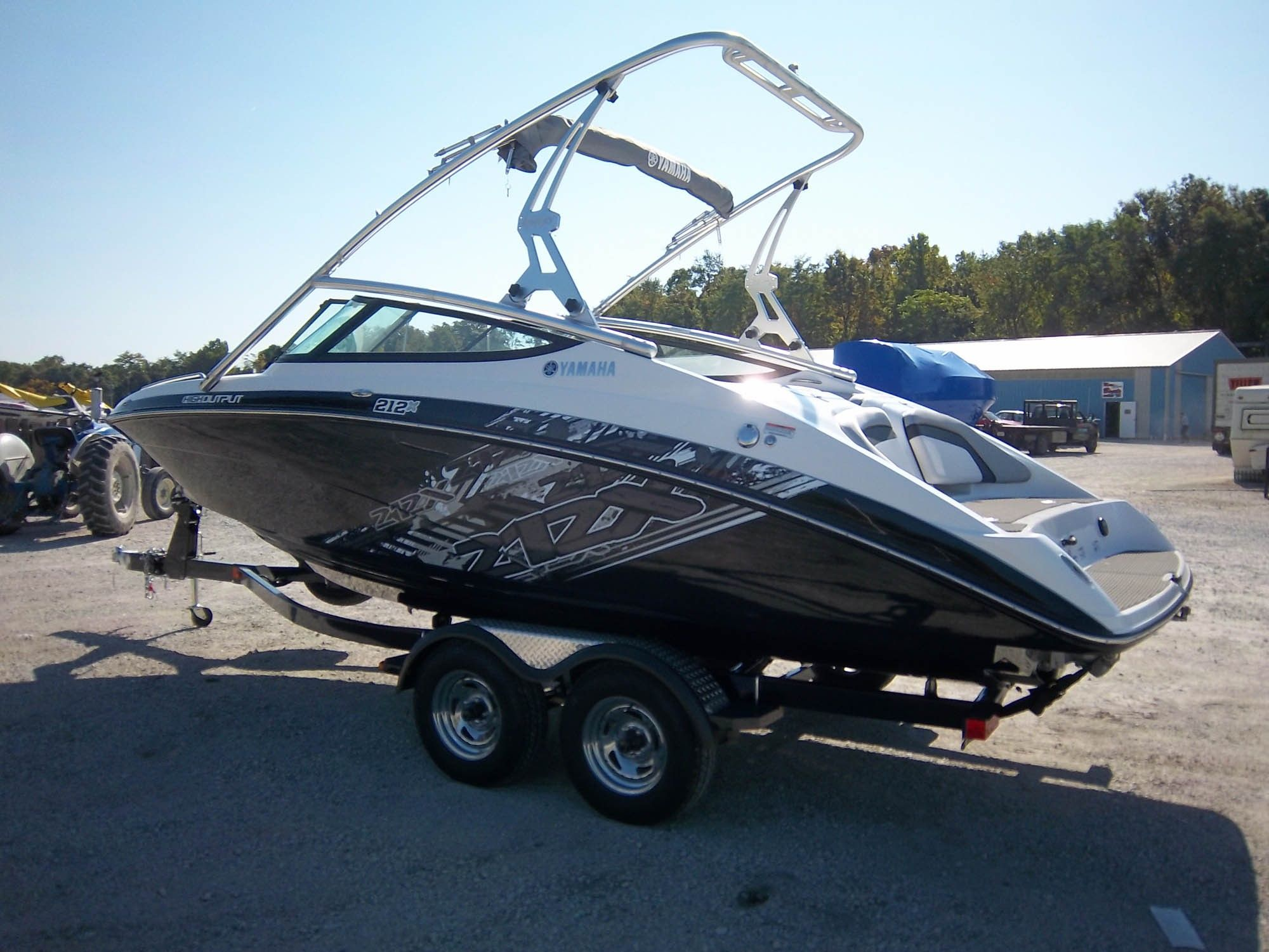 2012 yamaha 212x my brother just bought this and took me for Yamaha wakeboard boats