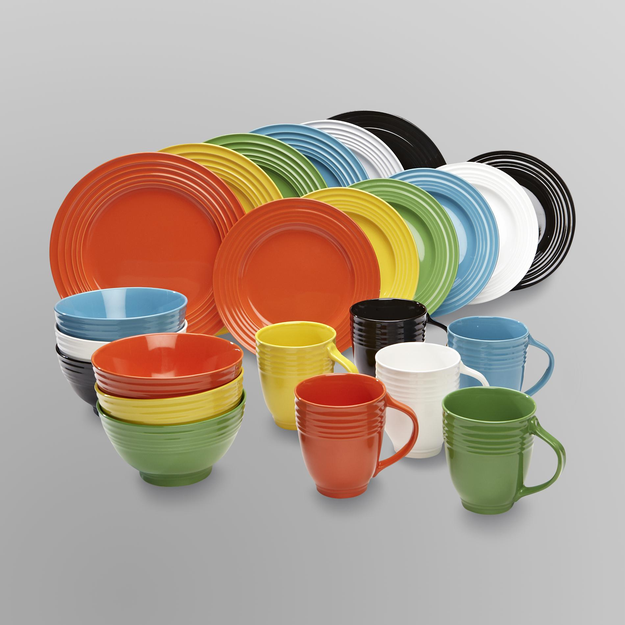 Iu0027m learning all about Essential Home 16-Piece Solid Color Dinnerware Set - & Iu0027m learning all about Essential Home 16-Piece Solid Color ...
