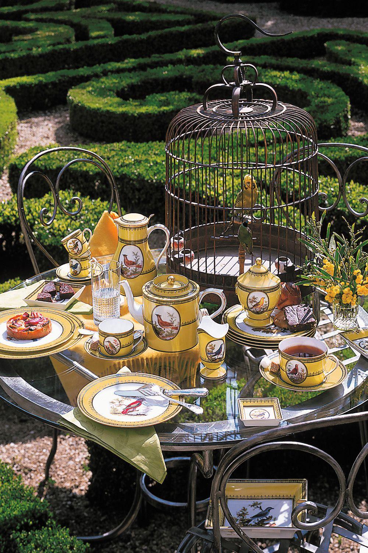 Jardin Du Roi Decorated Table Bernardaud Porcelaine