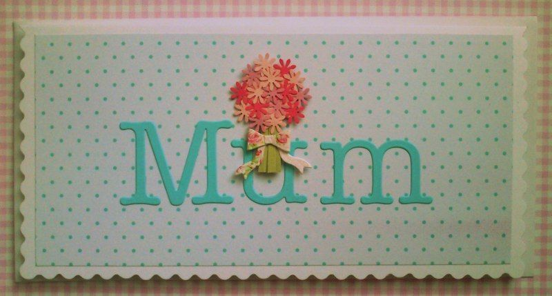 Pretty bouquet card, handcrafted by Spottydaisy.com
