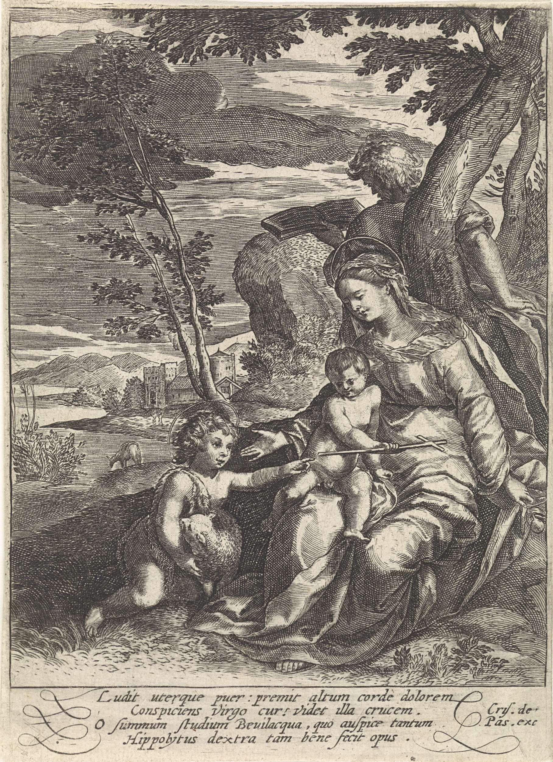 Crispijn van de Passe (I) | De heilige familie en Johannes de Doper, Crispijn van de Passe (I), 1574 - 1637 | Maria zit met het Christuskind op schoot, ze reikt naar Johannes de Doper. Jozef staat achter de boom. In de marge een vierregelig onderschrift in het Latijn.