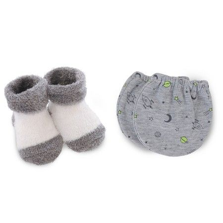 Just One You™ Made by Carter's® Baby Boys' Mittens/Bootie Set - Gray OSFM…