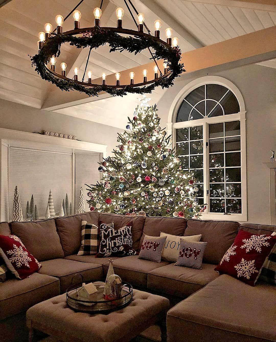 Christmassgram on Instagram:  #christmas #xmas #winter #hotchocolate #marshmallow #christmasgram #christmastree #christmastime #christmasmood #christmasspirit