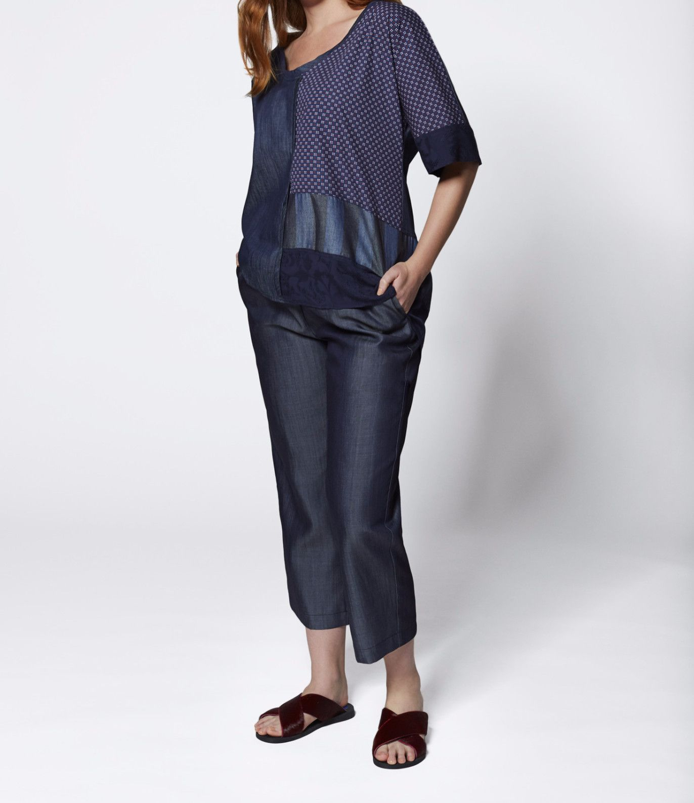 Code by euphoria colour me in top indigo woven tshirt with shaped