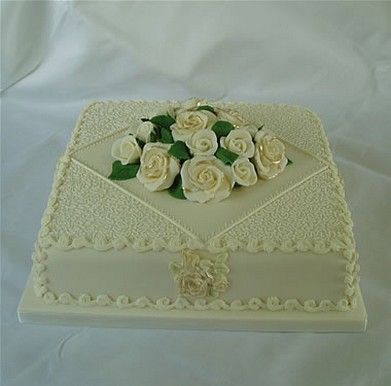 Square Wedding Cake With 1 Tier And Flowers