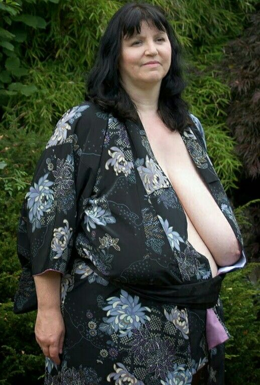 amateur mature saggy
