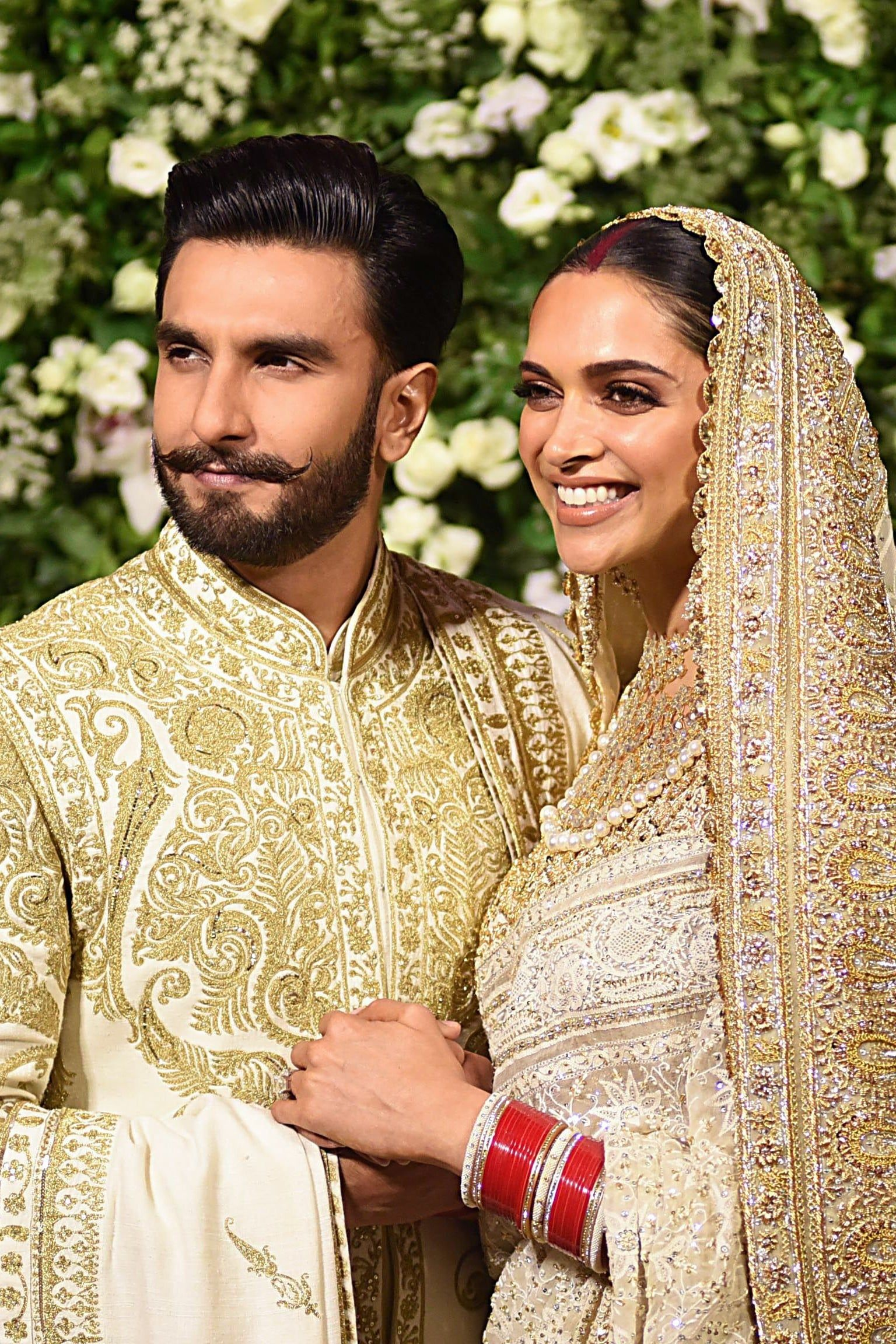 This Bollywood Actress Wore Not 1 But 5 Jaw Dropping Wedding Outfits Mumbai Wedding Wedding Outfit Wedding Dresses Men Indian