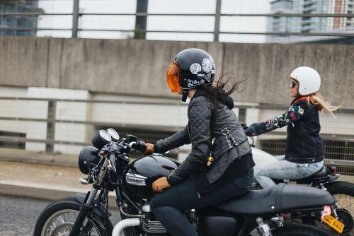 Lasts weekends hungover braps with @ghwfive & @littlejom.... #overbold #caferacer #motorcycle #bratstyle #bobber #custom #bcn #bikes #motorbike #bespoke #handmade #caferacer #overboldmotorco #tracker #streettracker #flattracker #honda #yamaha #suzuki #ossa #triumph #bmw #guzzi #motoporn #lifestyle #cafexxx #dirttrack #flattracker