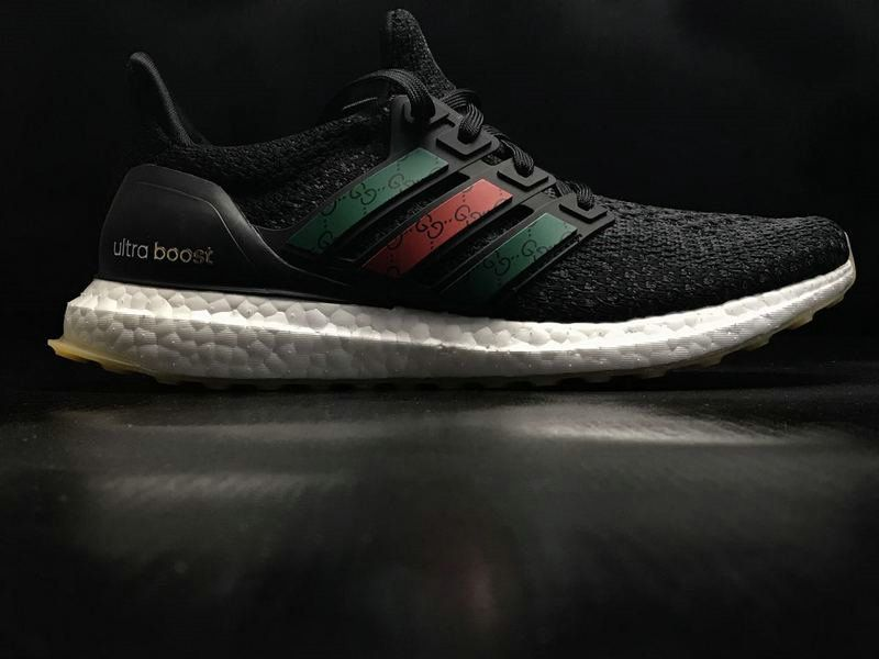 5c8ccc4cb 2018 New Arrival Men Adidas Ultra Boost Triple Black White Green Red BB3909