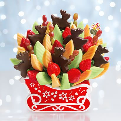 Edible Arrangements New Reindeer Sleigh Ride Bouquet Send Sweets To That Someone Sweet No Edible Arrangements Christmas Food Desserts Christmas Food