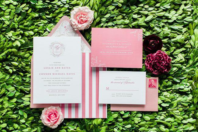 Qué invitaciones de #boda más monas! / Super cute #wedding invites!