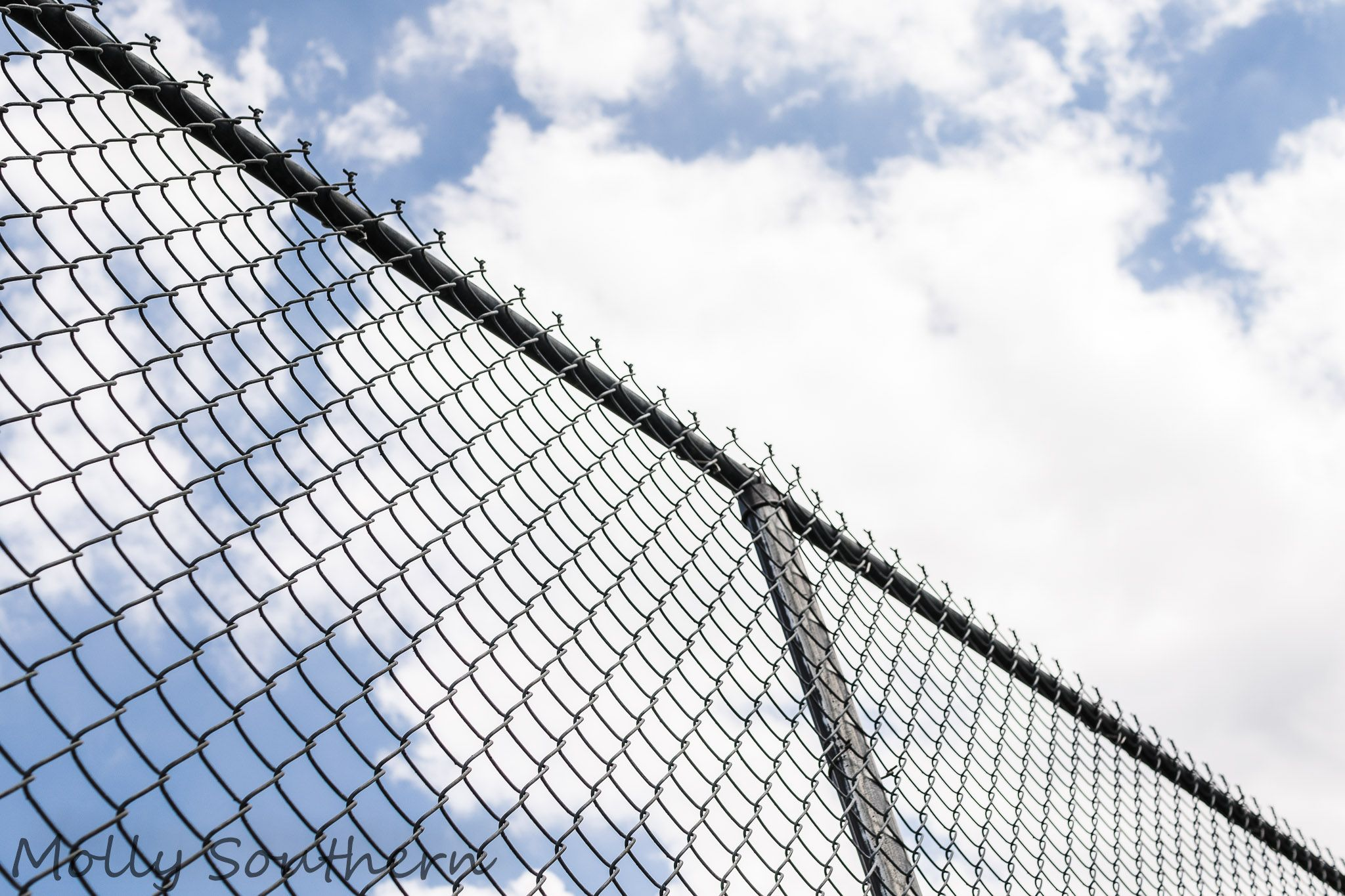 Chain-link Fence and blue sky #Tennis | Tennis | Pinterest | Chain ...