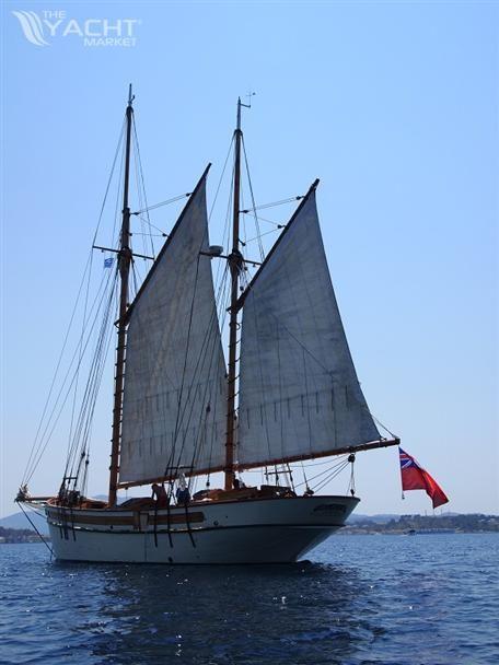 Classic Gaff Rigged Ketch Tall Ship Class B | Ships | Boat