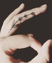 Trade Your Rings for These Adorable Finger Tattoos  FINNBARR♡    This image has get 154 repins.    Author: Glamordiamond #Adorable #Finger #Rings #T…