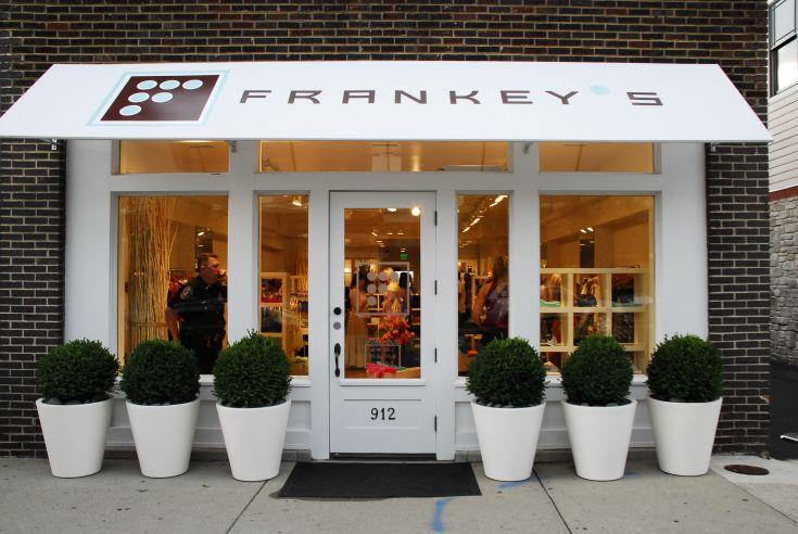 Frankeysblog Pharmacy Design Store Decor Shop Front Design
