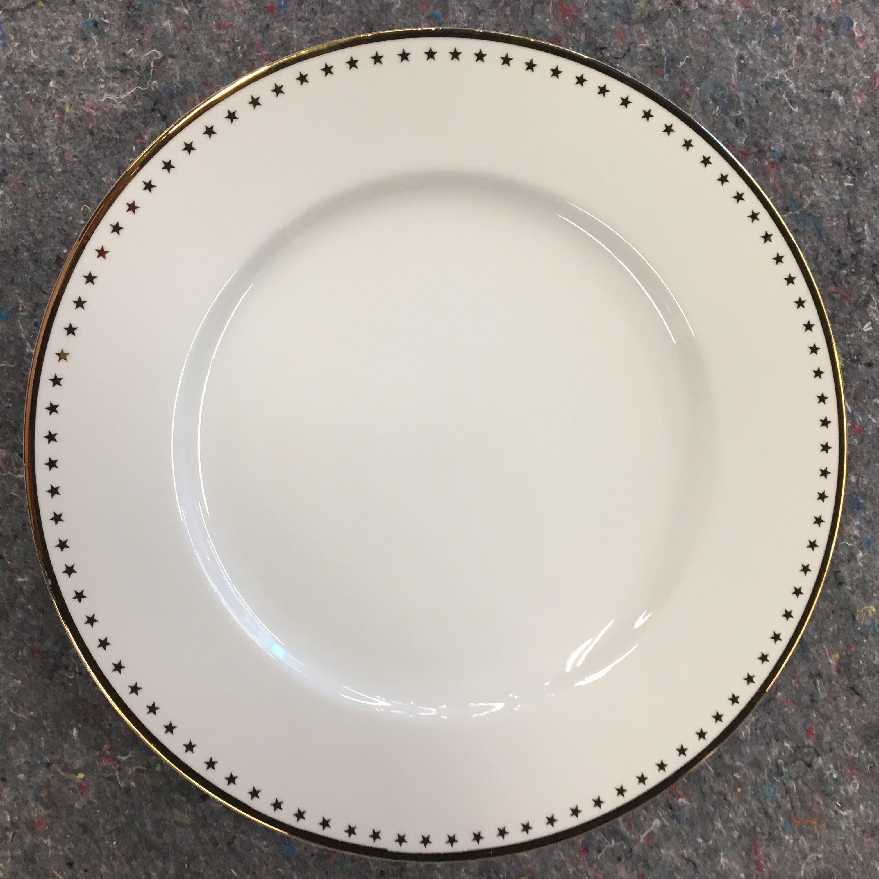 Pottery Barn Quot Gold Star Rim Quot Serving Plate Charger