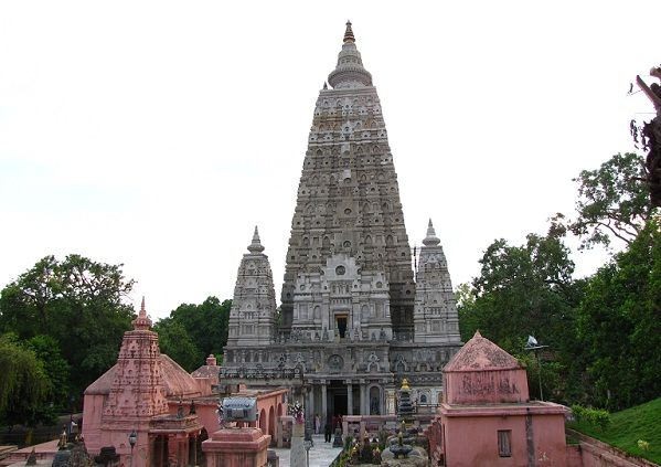 9 Famous Buddhist Temples in India with Pictures | Buddhist temple ...