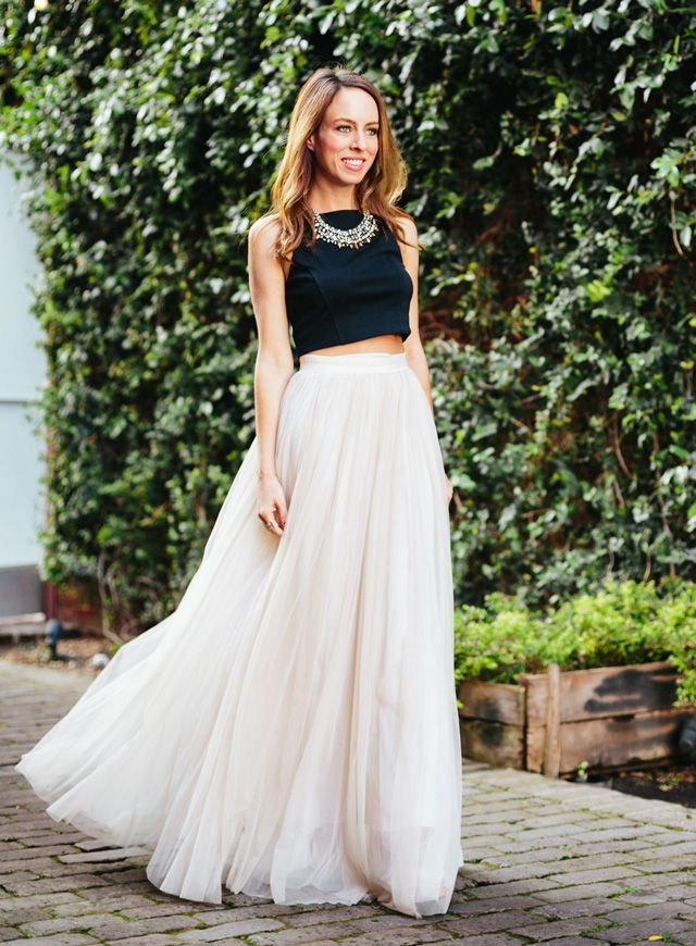 eb018156bcbd9 Tulle Maxi Skirt And Crop Top 2017 Street Style. White And Black Net Solid Crop  Top With Lehenga