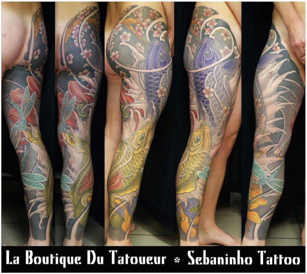 Tatouage sur jambe enti re de carpes koi sakura et lotus for Carpes kois