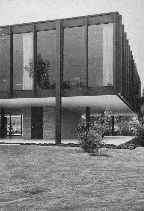 Edificio De La Administración Para Ron Bacardi En Tultitlán México 1961 Arq Ludwig Mies Van Der Rohe Ludwig Mies Van Der Rohe Mies Van Der Rohe Van Der Rohe