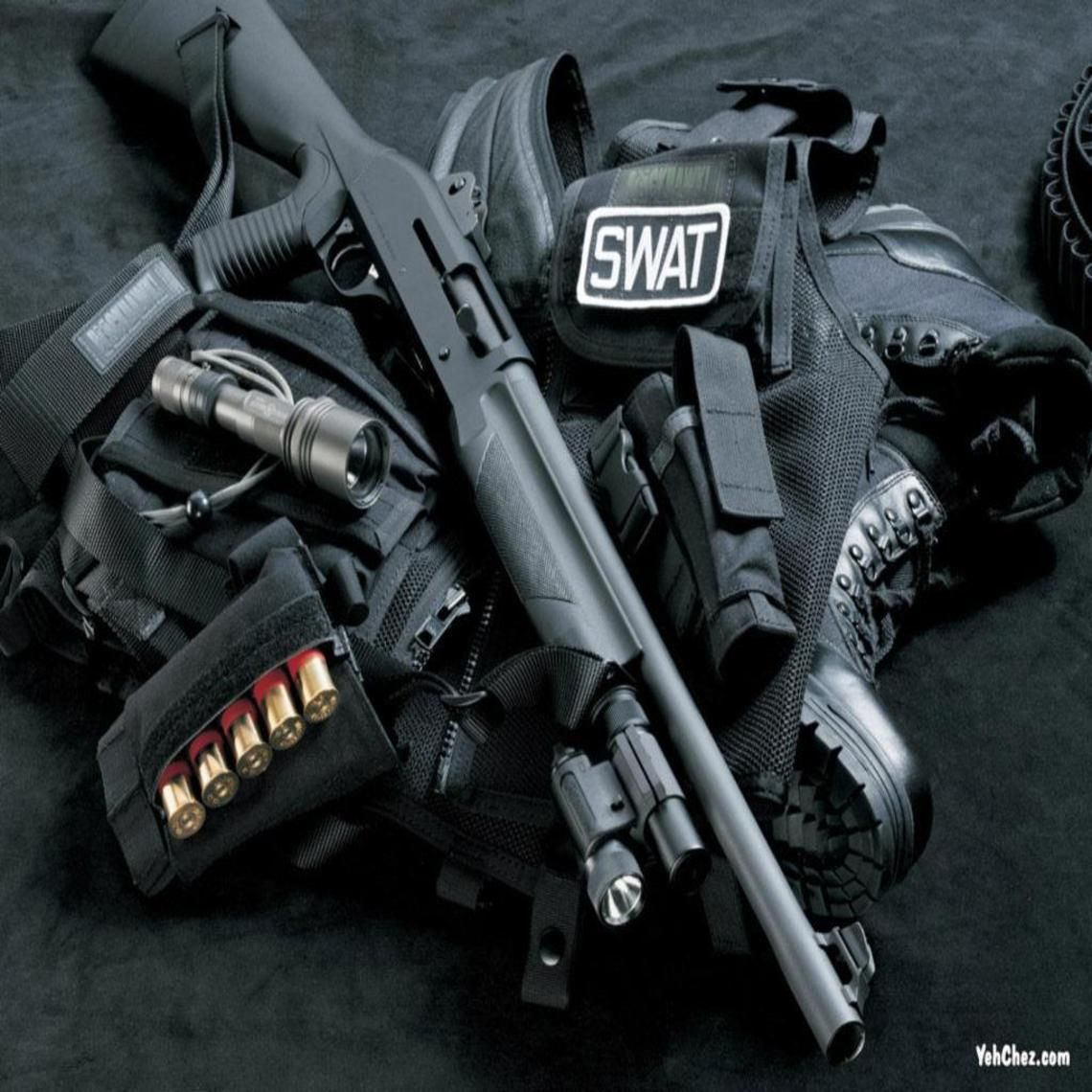 Swat Suite With Guns