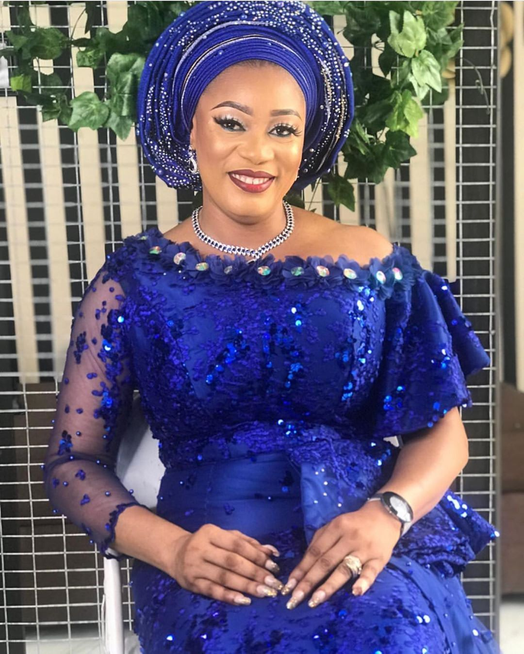T N S Beautiful Tolulopeibironke Celebrating Beautiful Successful And Wonderfully African Lace Styles Nigerian Lace Dress African Fashion Skirts