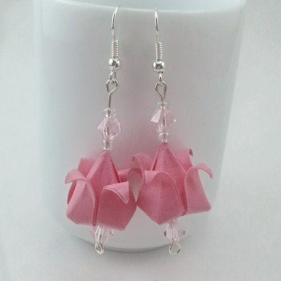 Pendientes de Origami  Tulipanes rosados por FoldAndCraneCo en Etsy, $12.00