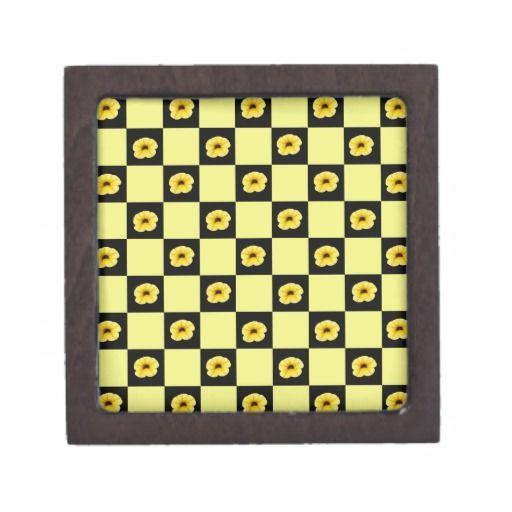 Millionbells flower checkerboard   trinket box  $19.95