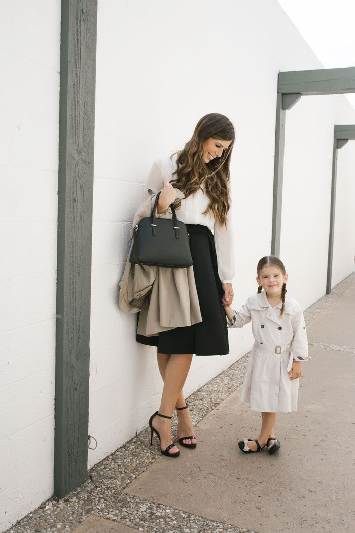 Mommy And Mini Me Burberry Style Stylish Mom Shopping Outfit Discount Womens Clothing