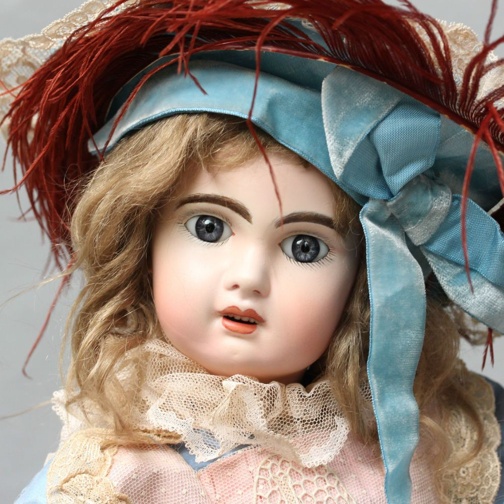 ANTIQUE JULIEN JUMEAU FRENCH BISQUE DOLL JUMEAU BRU SILK DRESS ❤️