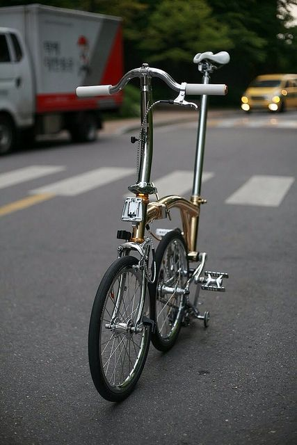 This Is A Ridiculously Modified Brompton Folding Bicycle From