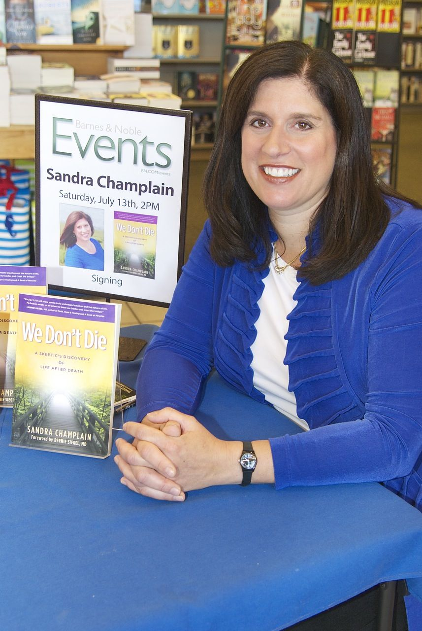 Sandra Champlain at a Barnes and Noble Book Signing Event in