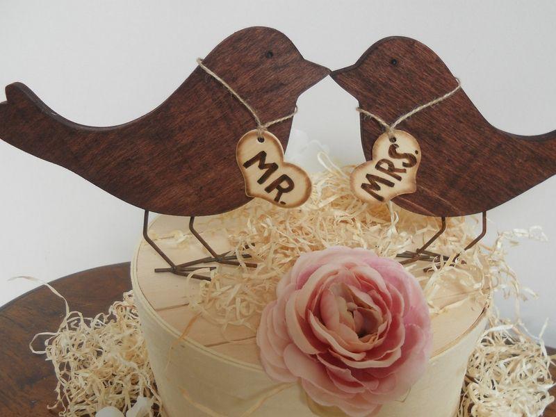 Topo de bolo com pássaros