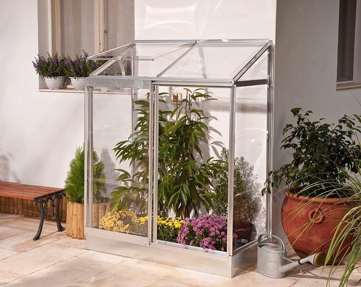 Piccola serra da terrazzo | giardinaggio | Pinterest | Piccola serra ...
