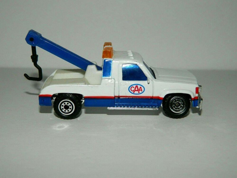 Caa tow truck toy dinky car canadian automobile