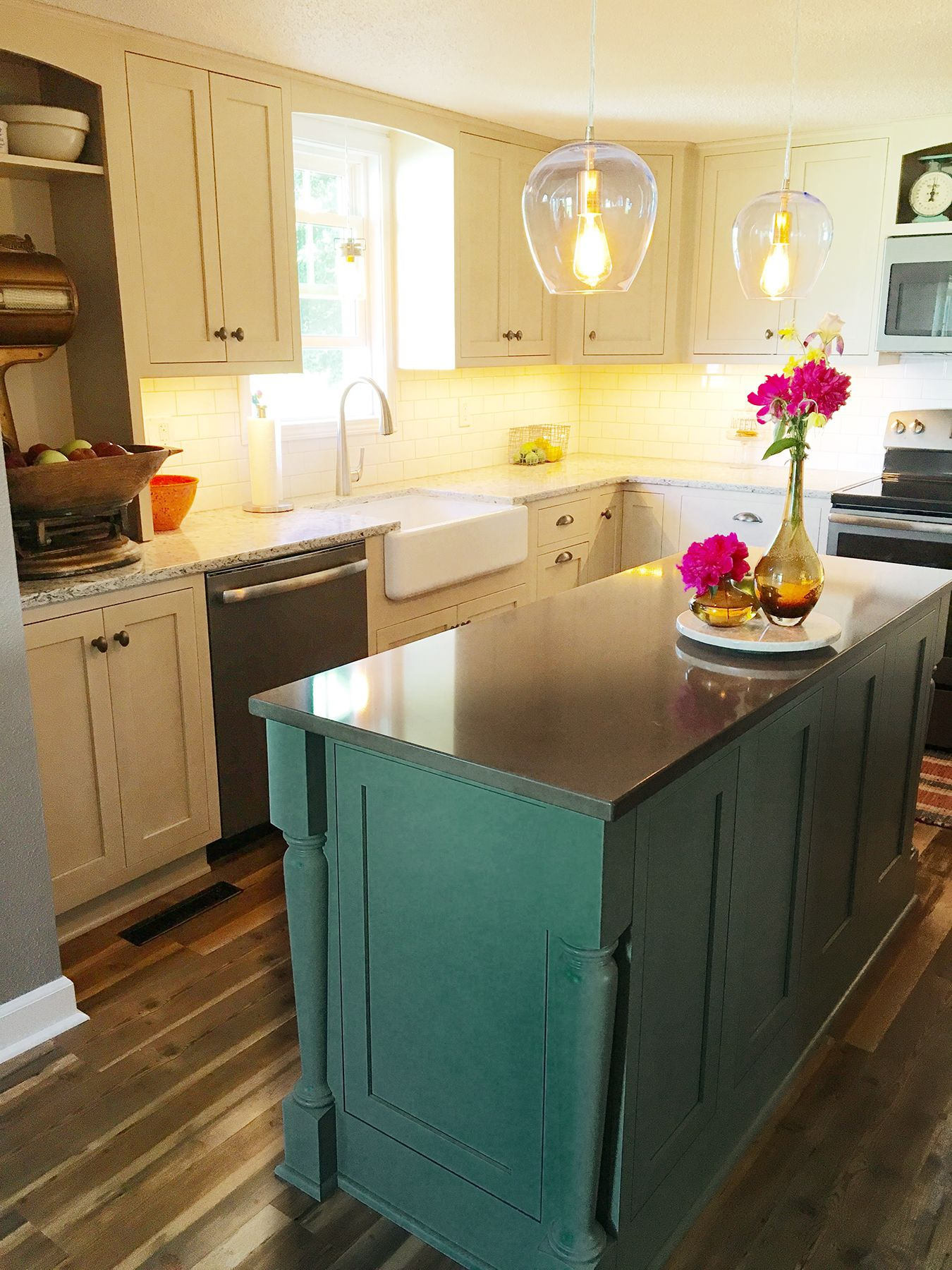 A kitchen remodel in Urbandale Iowa was designed in the Gillette