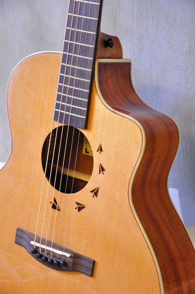 Cofe Light C L Luthier Guitar Guitar Cord Learn Acoustic Guitar